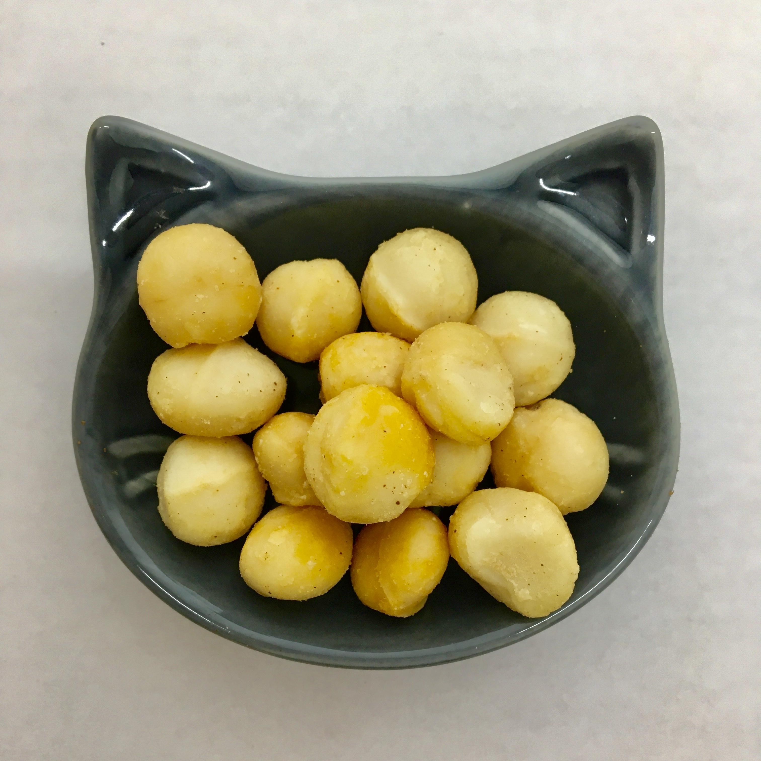 燻製マカダミアナッツ