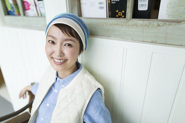 【送料無料】こころが軽くなるニット帽子amuamu|新潟の老舗ニットメーカーが考案した抗がん治療中の脱毛ストレスを軽減する機能性と豊富なデザイン NB-6546|ジュエルシリーズ - 画像3
