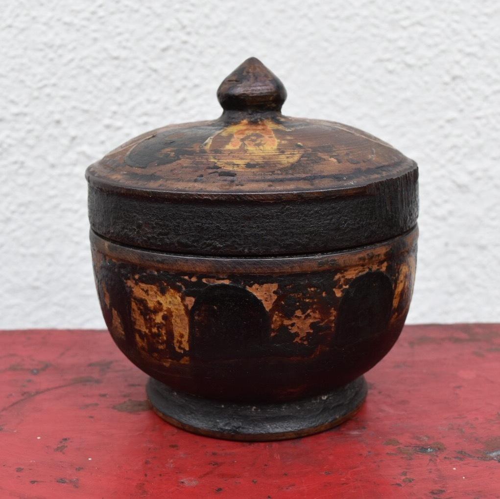 蓮華文様 木製ツァンパ・ボックス