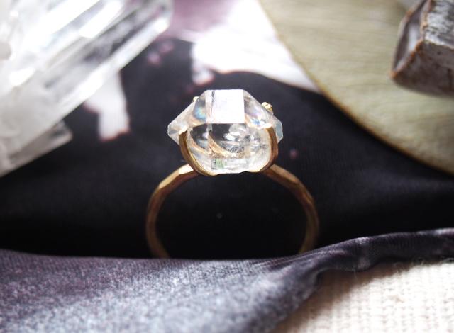 [一点物]原石のダイヤモンドクォーツのリング