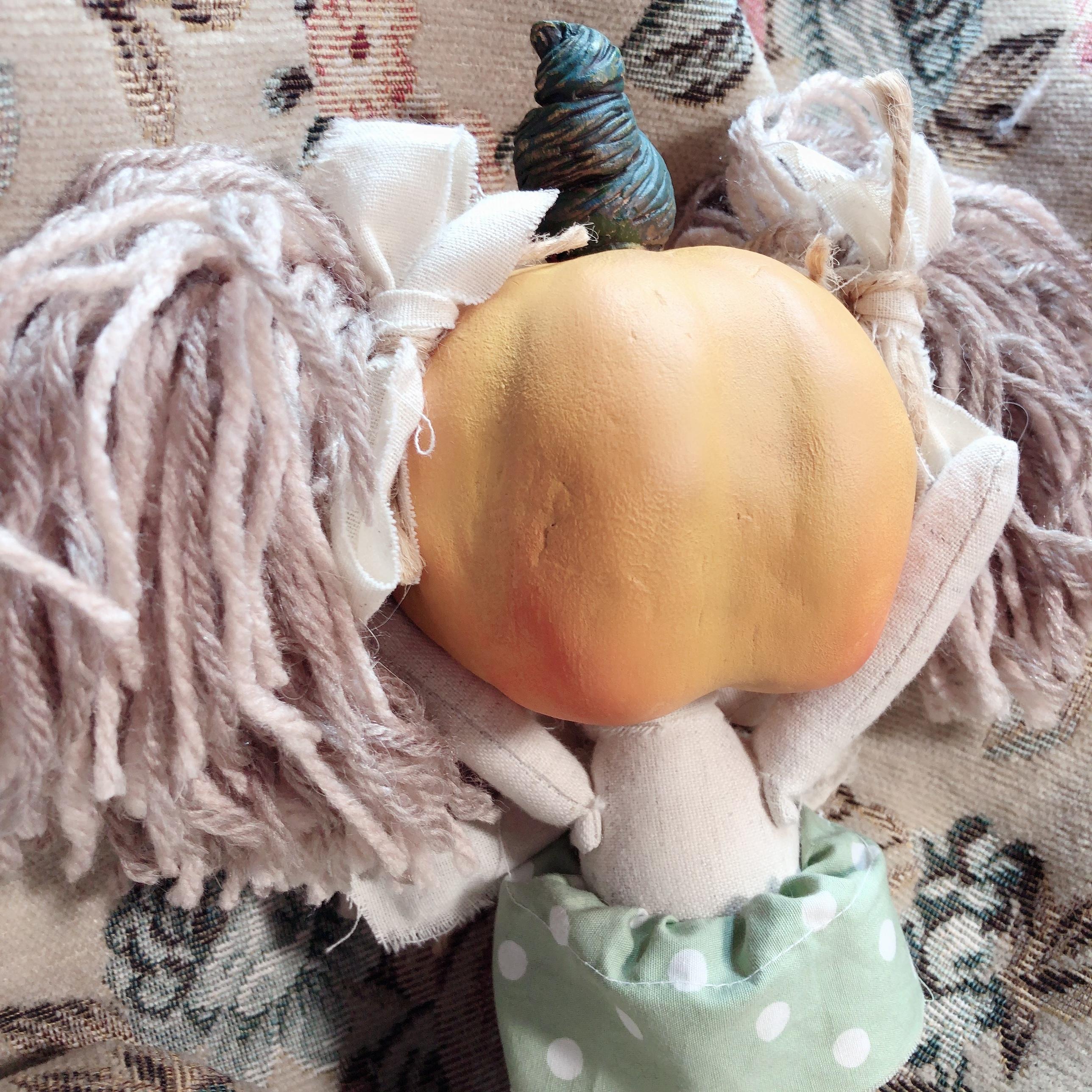 かぼちゃあたまの子(お顔のない子)