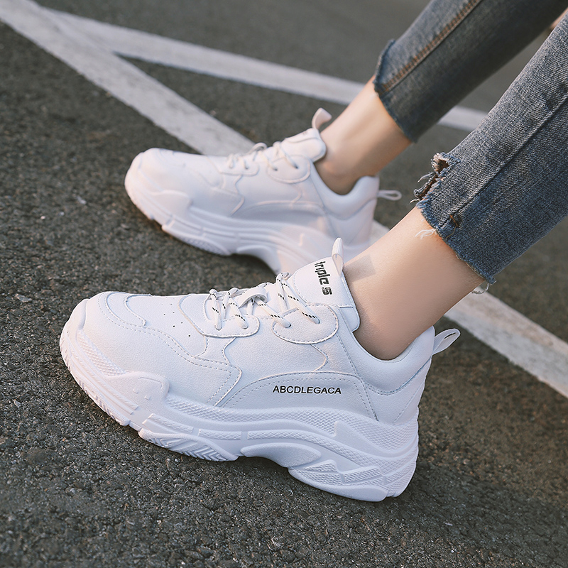 【shoes】合わせやすいスポーツ無地人気厚底スニーカー13974389