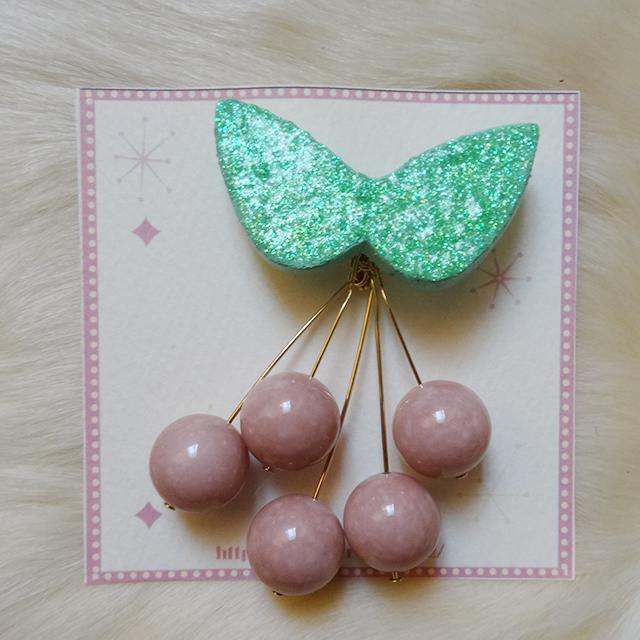 Sedmikrasky セドミックラスキー チェリーブローチ / Pink