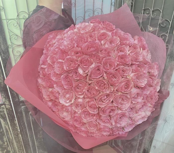 プロポーズ バラの花束 ピンクバラ108本