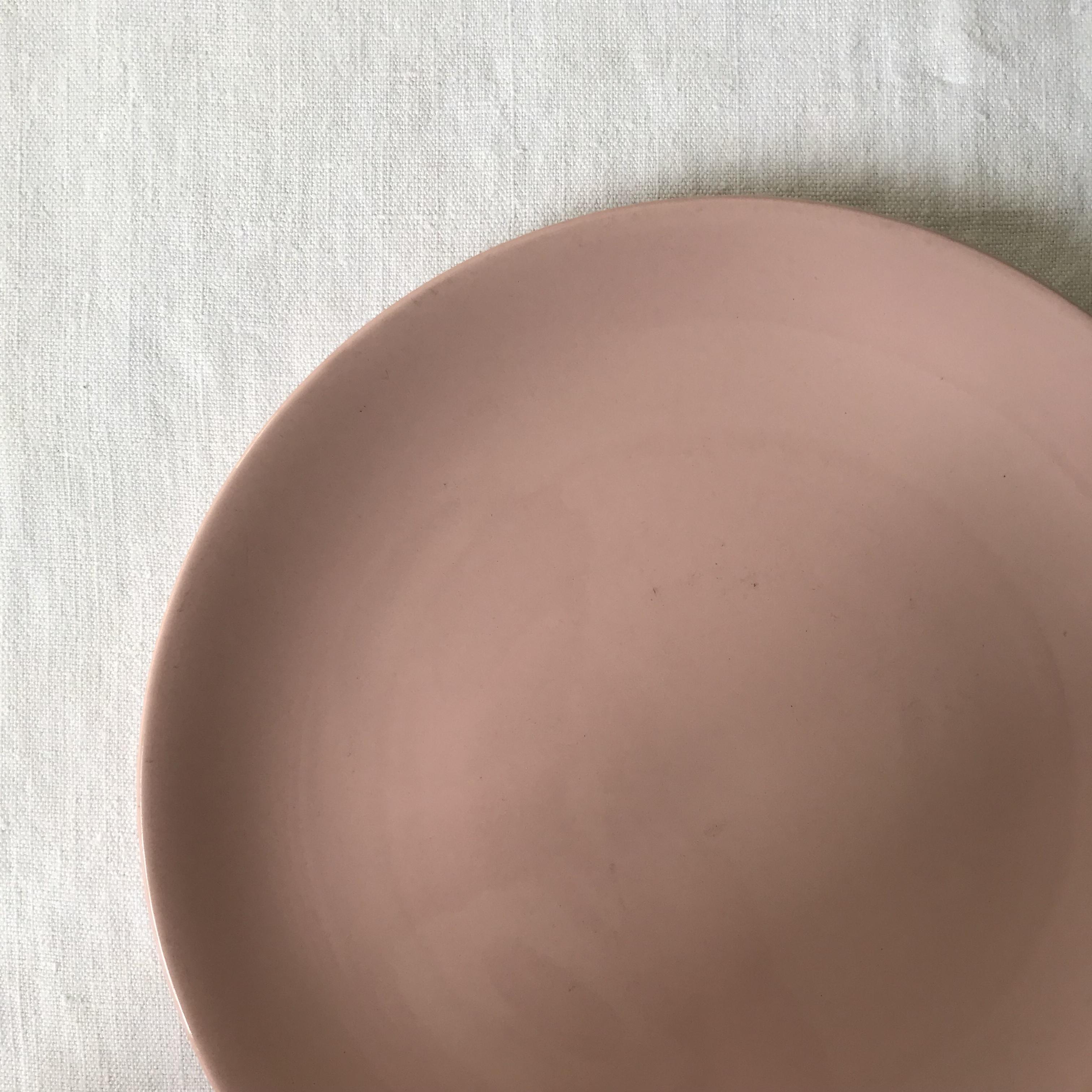 ピンクのお皿