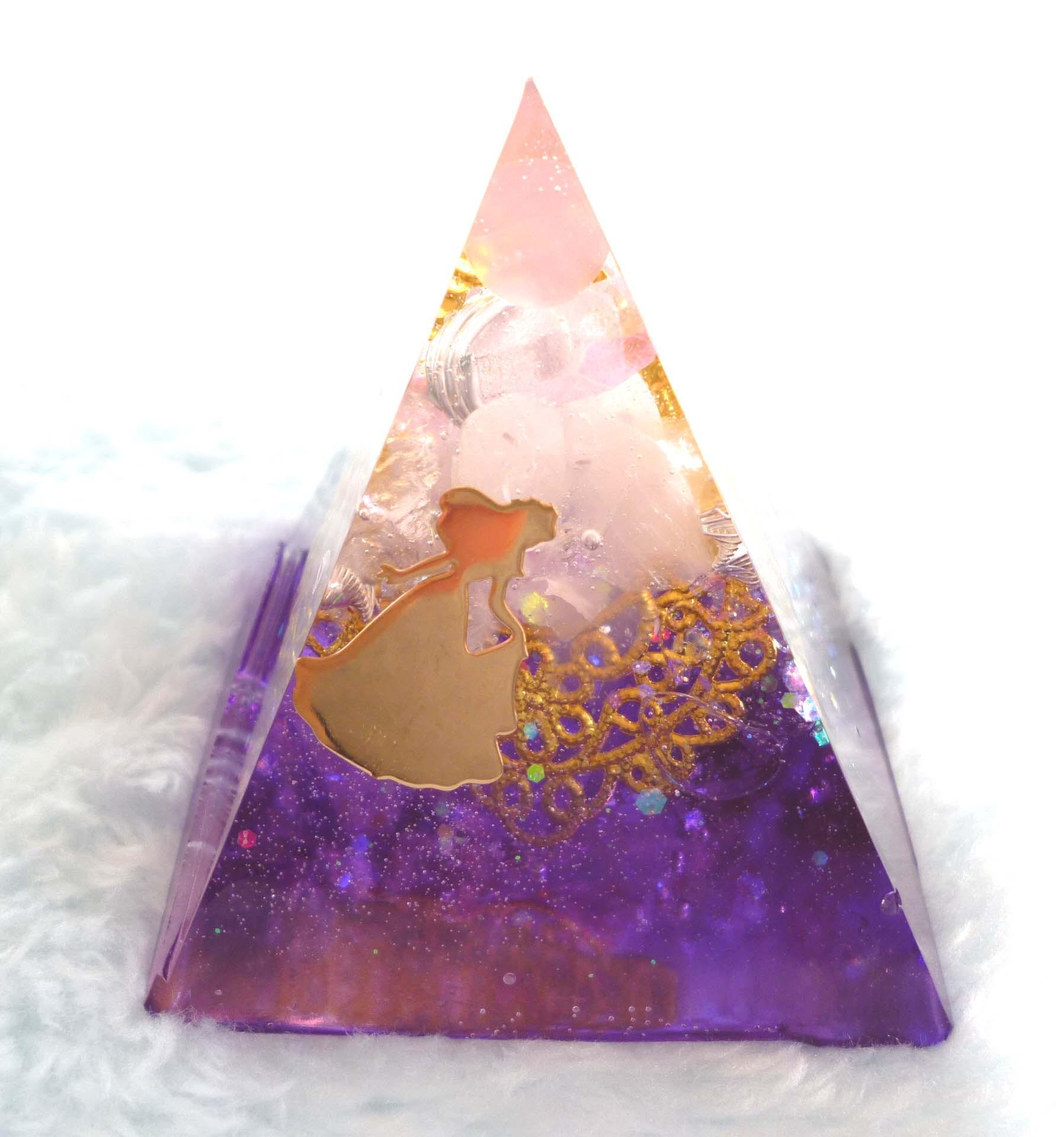 ベル・スミレ ピラミッド型Sオルゴナイト