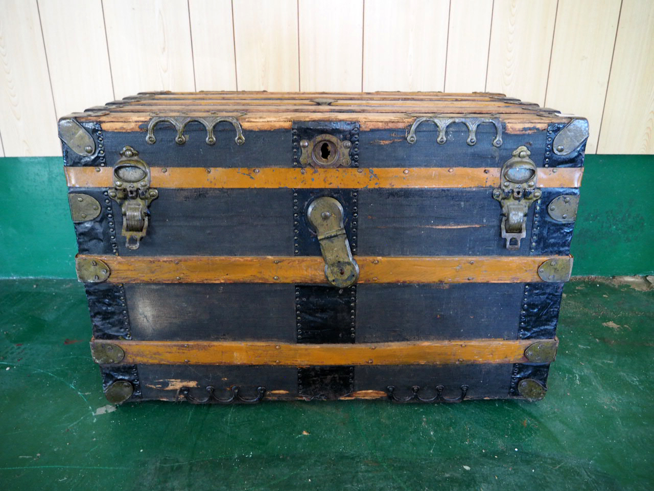 品番4521 大型 トランク 汽船トランク 木製 トランク アイアンフレーム ヴィンテージ アンティーク
