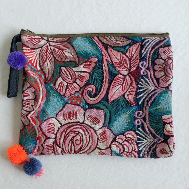 シナカンタンの花刺繍ポーチ /230c/ MEXICO メキシコ