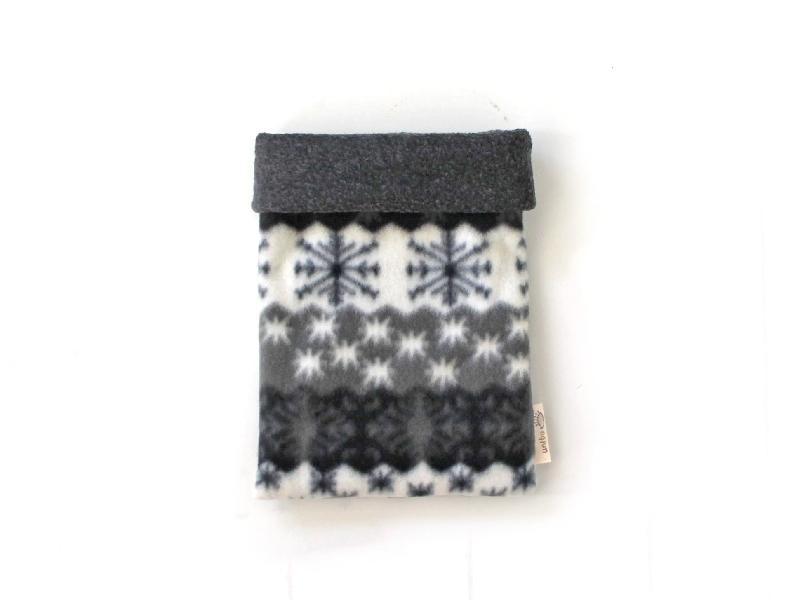 ハリネズミ用寝袋 S(冬用) フリース×フリース 雪の結晶 グレー