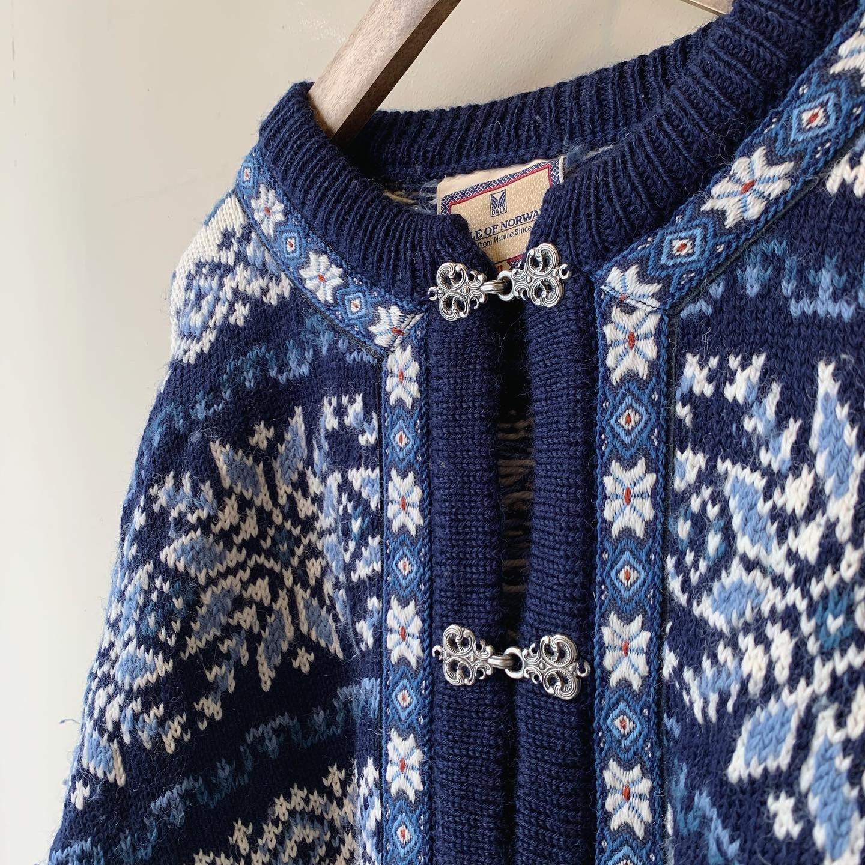 vintage nordic wool knit cardigan