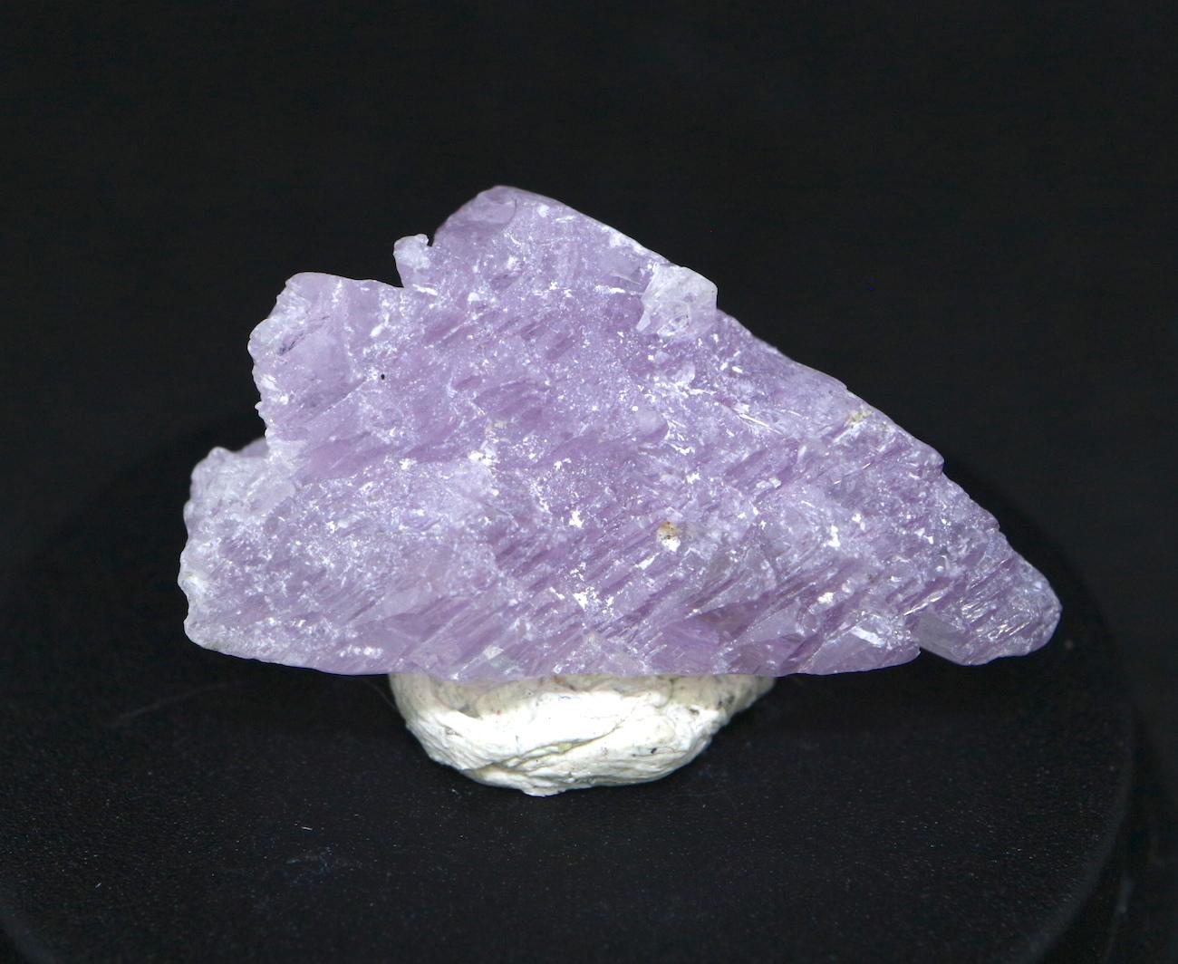 カリフォルニア産! クンツァイト 原石 自主採掘 6,2g リシア輝石  KZ029