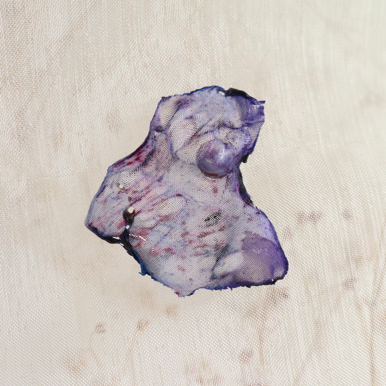 染めオーガンジーのアートピアス|ラベンダー