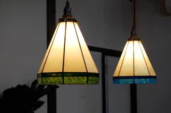 スタンダード(ステンドグラスの吊りランプ)(ペンダントライト) 01010012