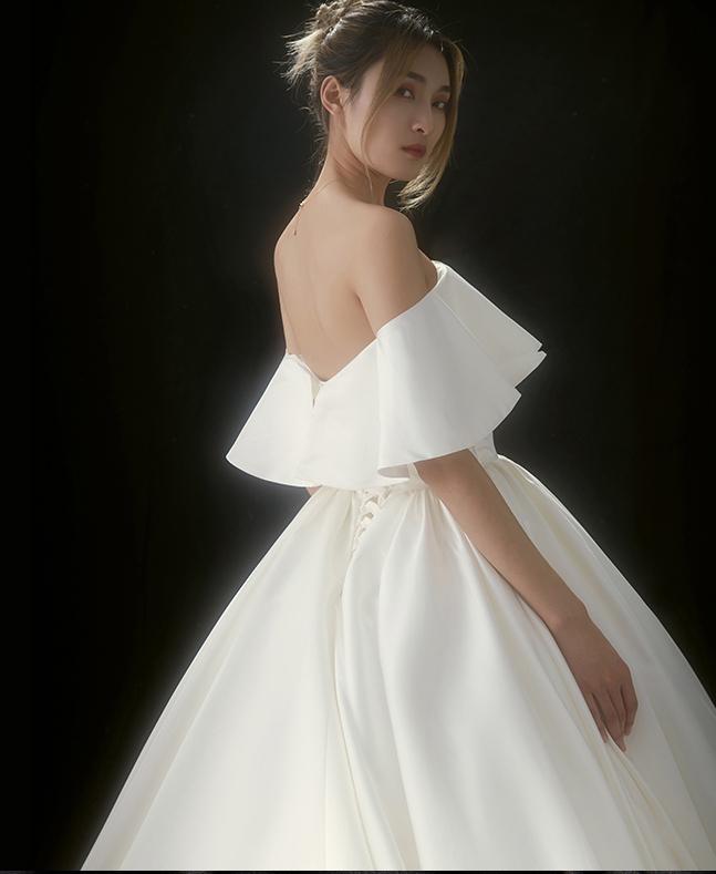 【DearWhite】ウェディングドレス Aライン プリンセス エンパイア デコルテ 結婚式 披露宴 二次会 パーティーウェディングドレス_サイズオーダー格安オーダーメイド DW00010