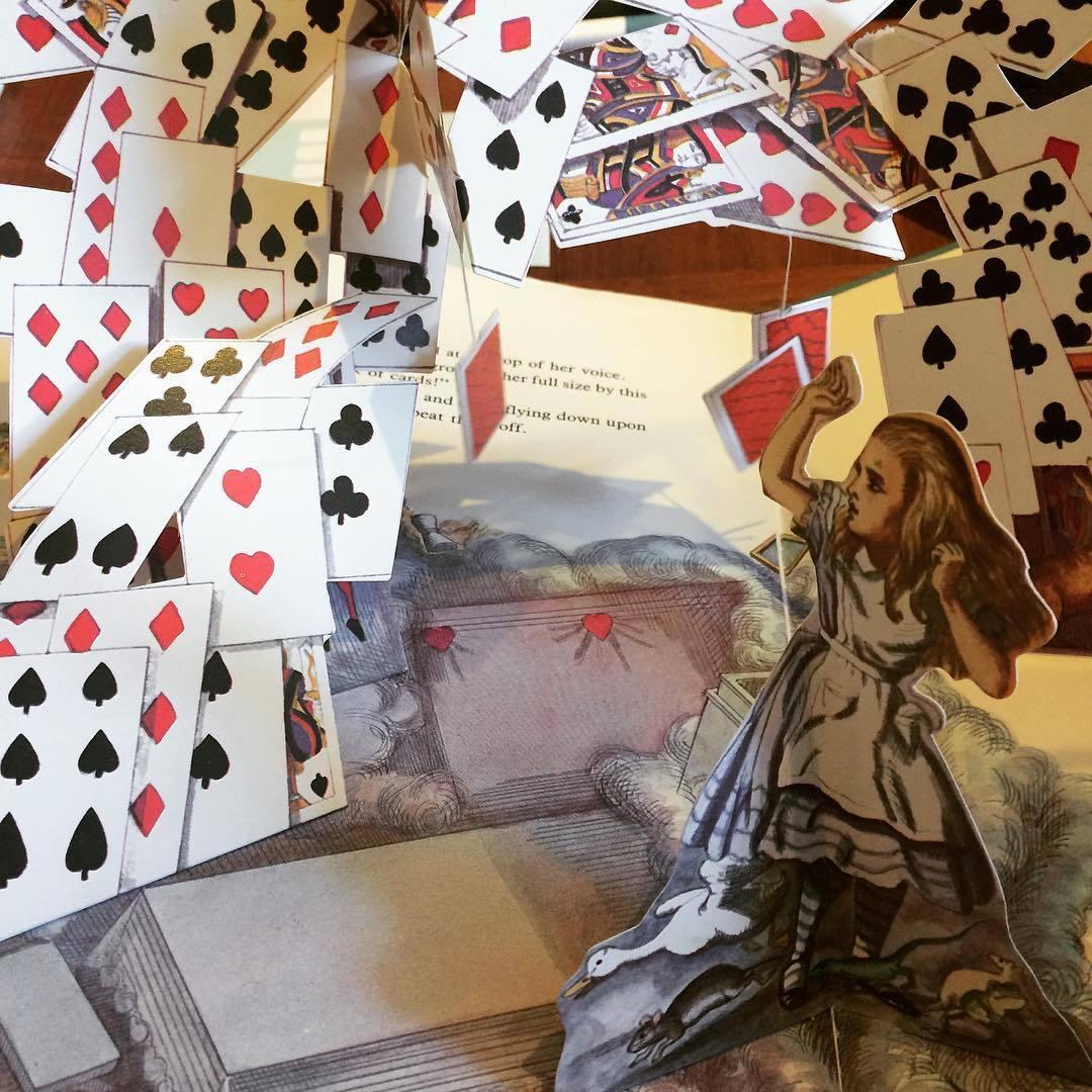 不思議の国のアリス ポップアップ絵本「Alice in Wonderland: A Macmillan Pop-up Book/Lewis Carroll」 - 画像3