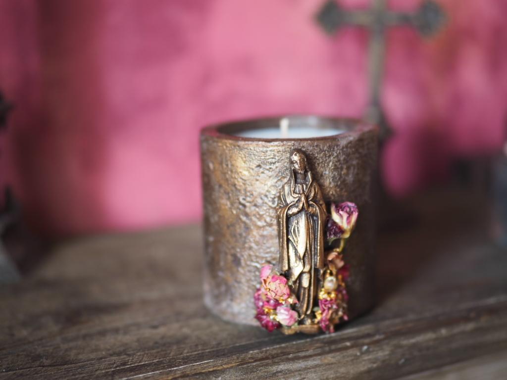 Vintage Maria Candle  4