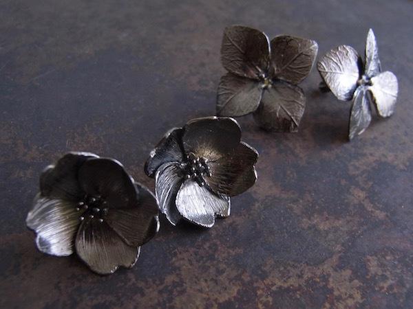 Fiori/桜のピアスシルバーピアス/BK