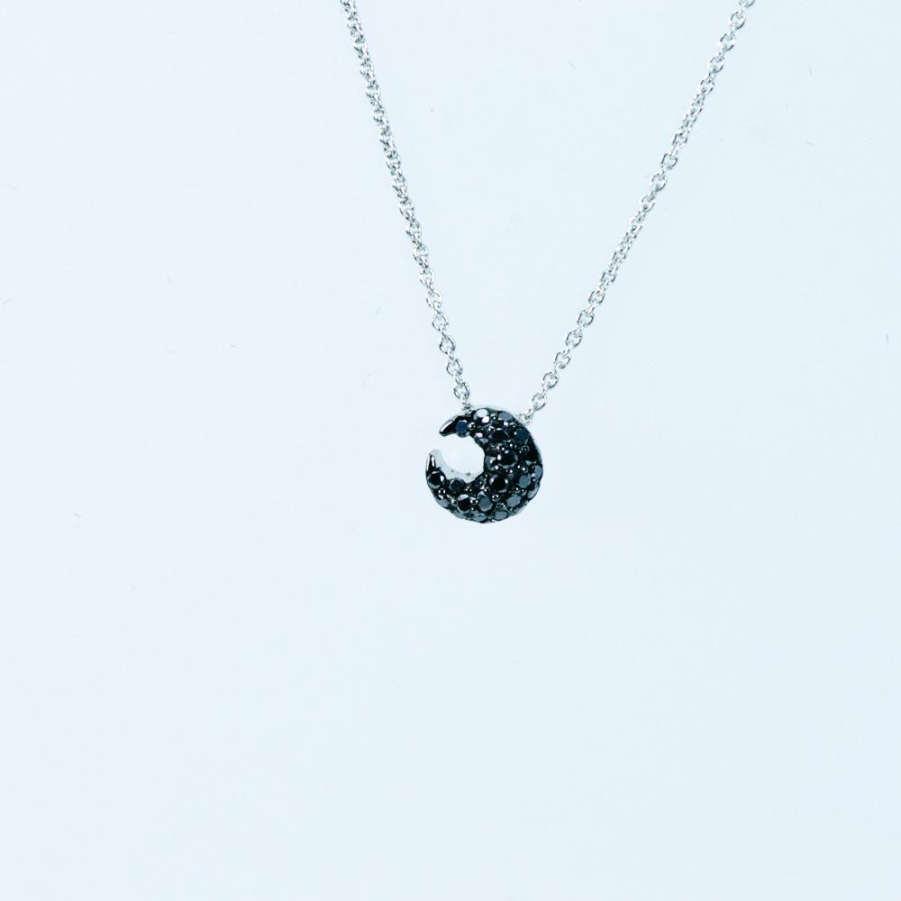 三日月デザインブラックダイヤモンド ペンダント K18ホワイトゴールド