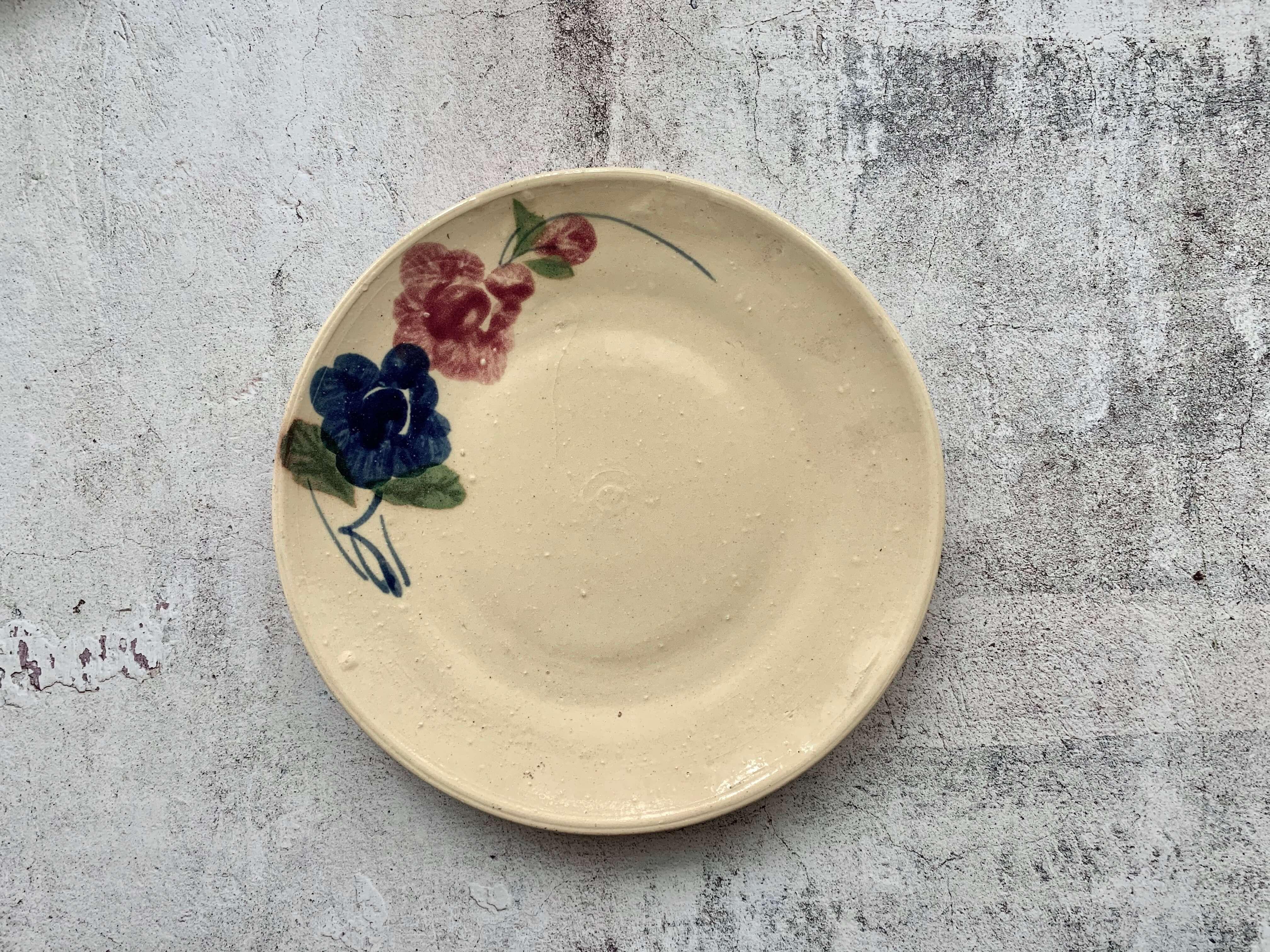 ソンベ焼き 赤と青の花