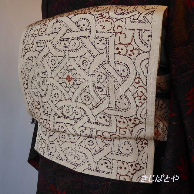 【F様ご予約品】正絹 ベージュに幾何学模様のなごや