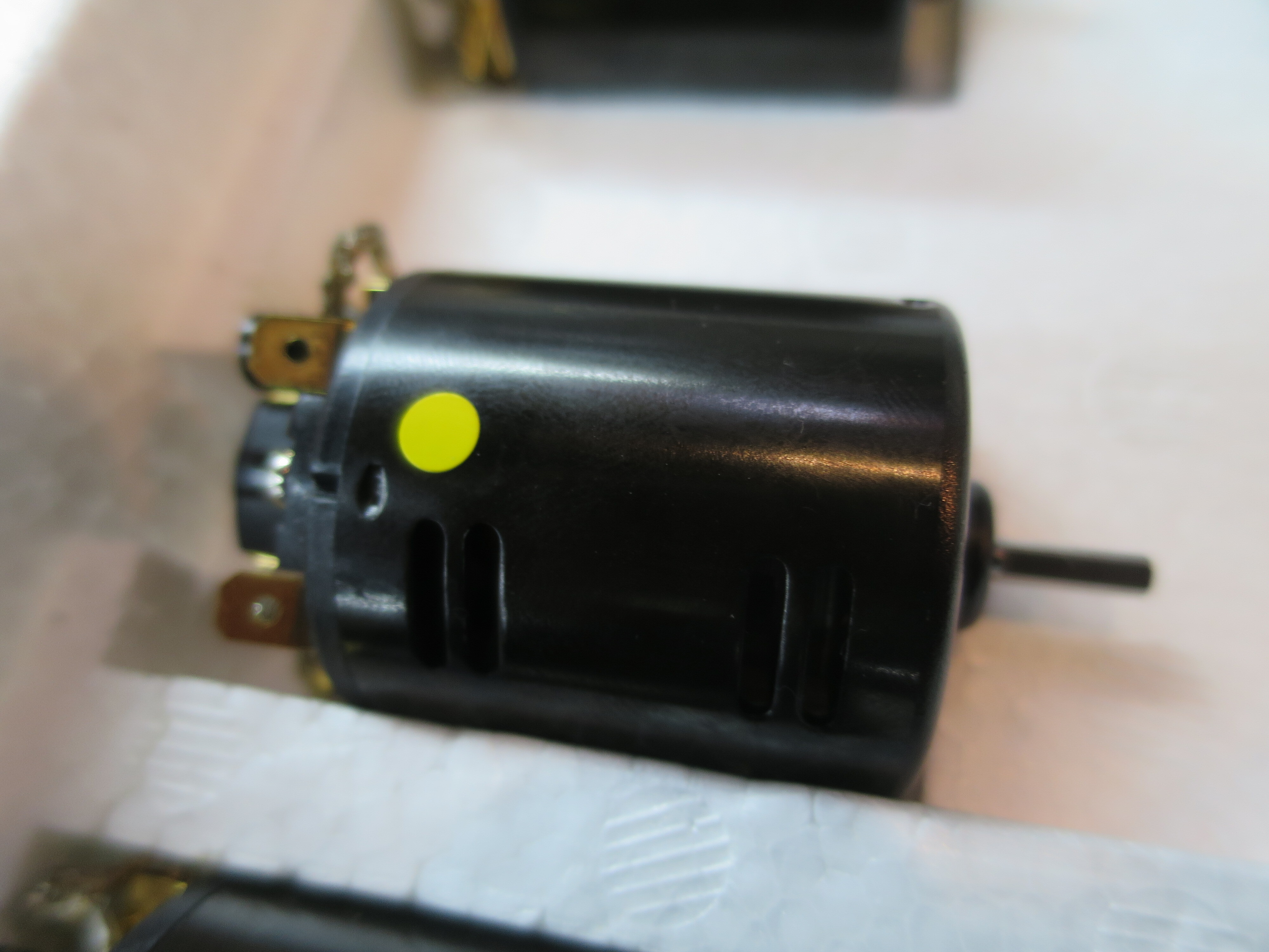ピットインオリジナル 30ターンストックブラシモーター「おきらくモーター」