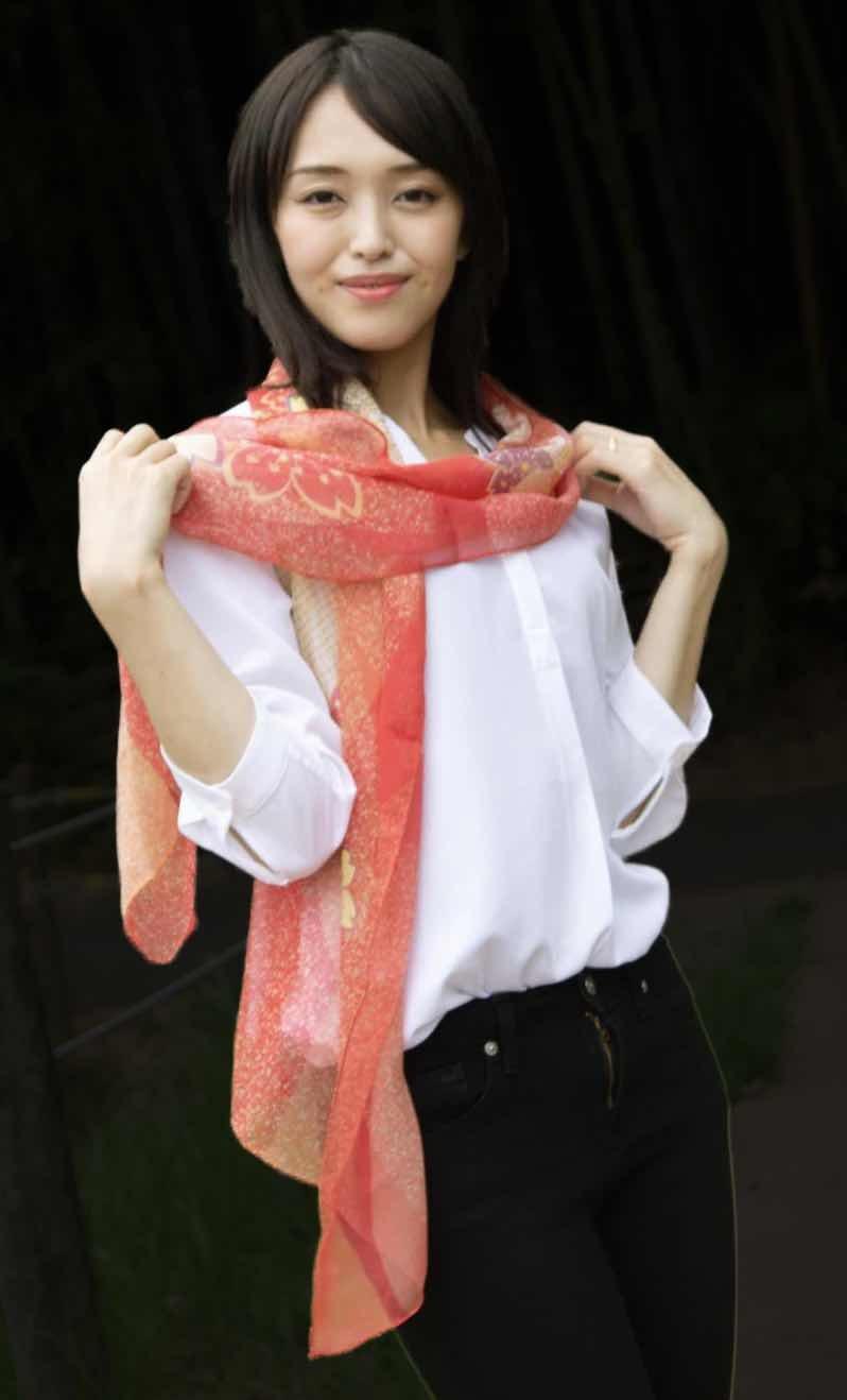 和柄スカーフ「桜もよう」
