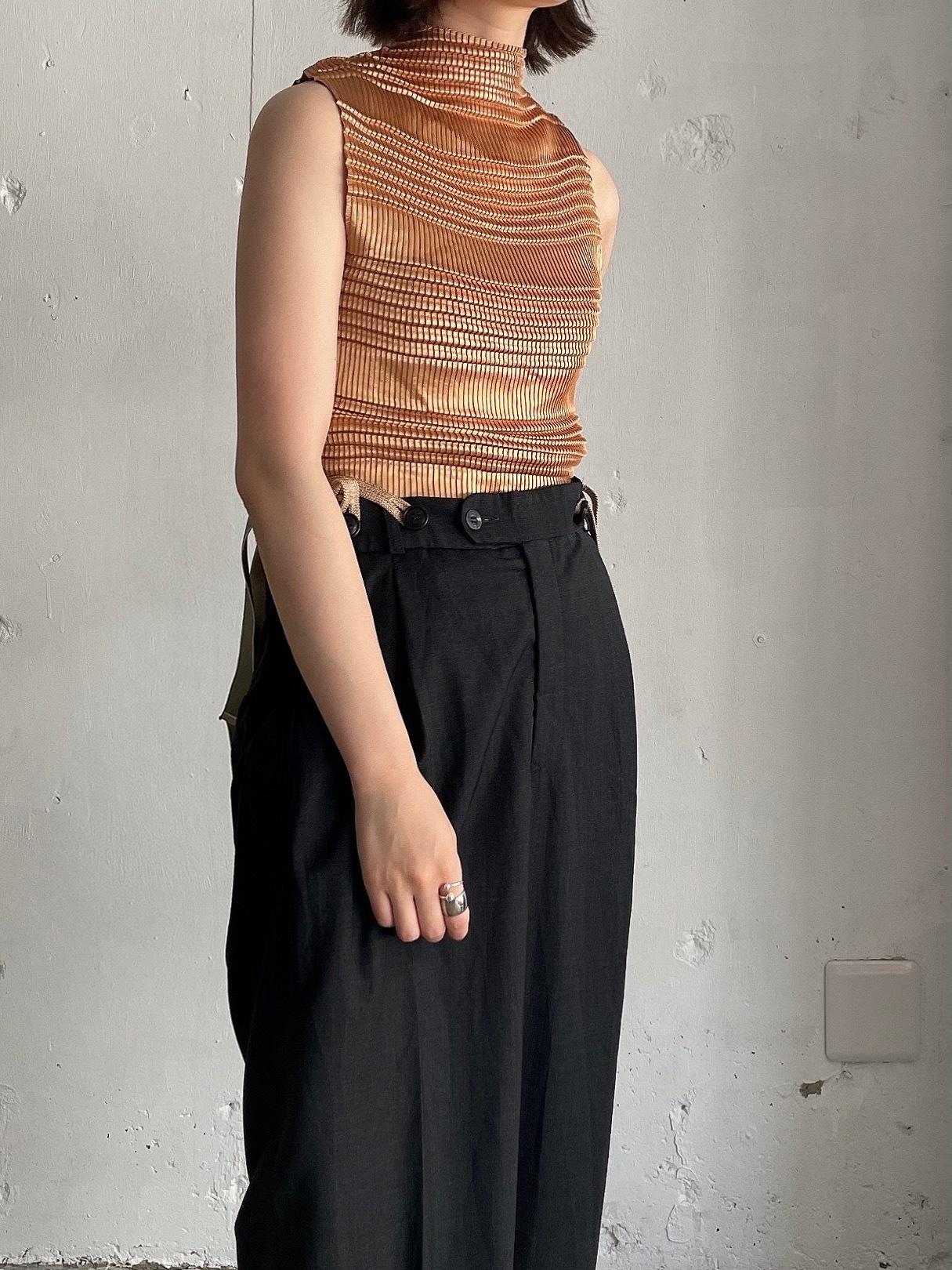 vintage pleats tops