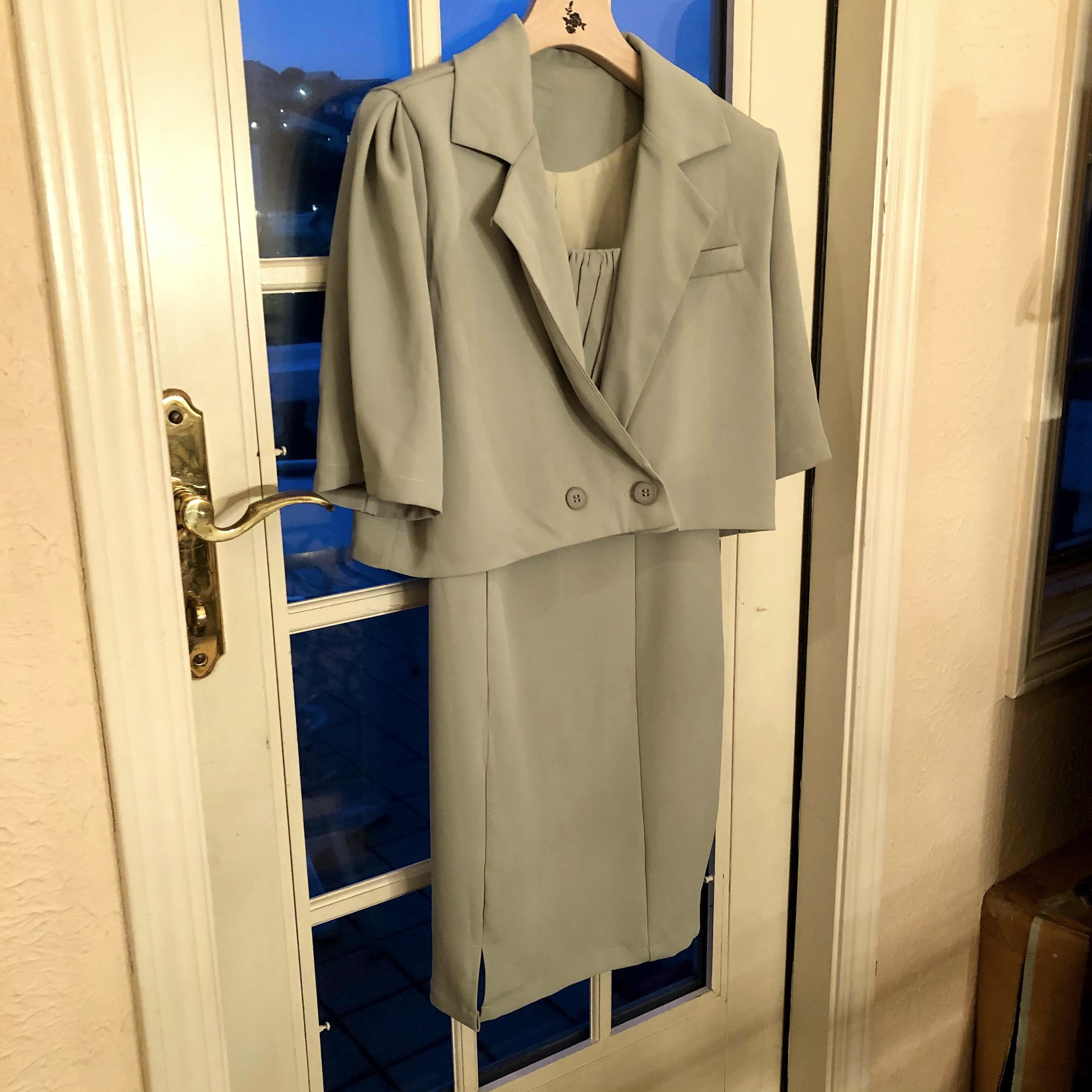 cropped jacket onepiece setup