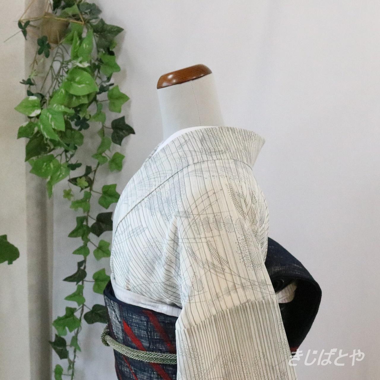 正絹絽 白地に薄墨の花々の総柄小紋
