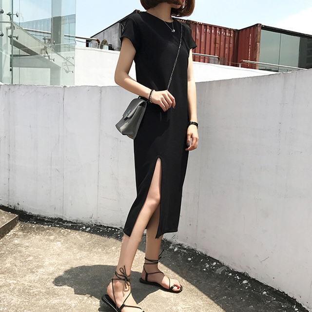 深めサイドスリット ◆ Tシャツワンピ ◆ ブラック
