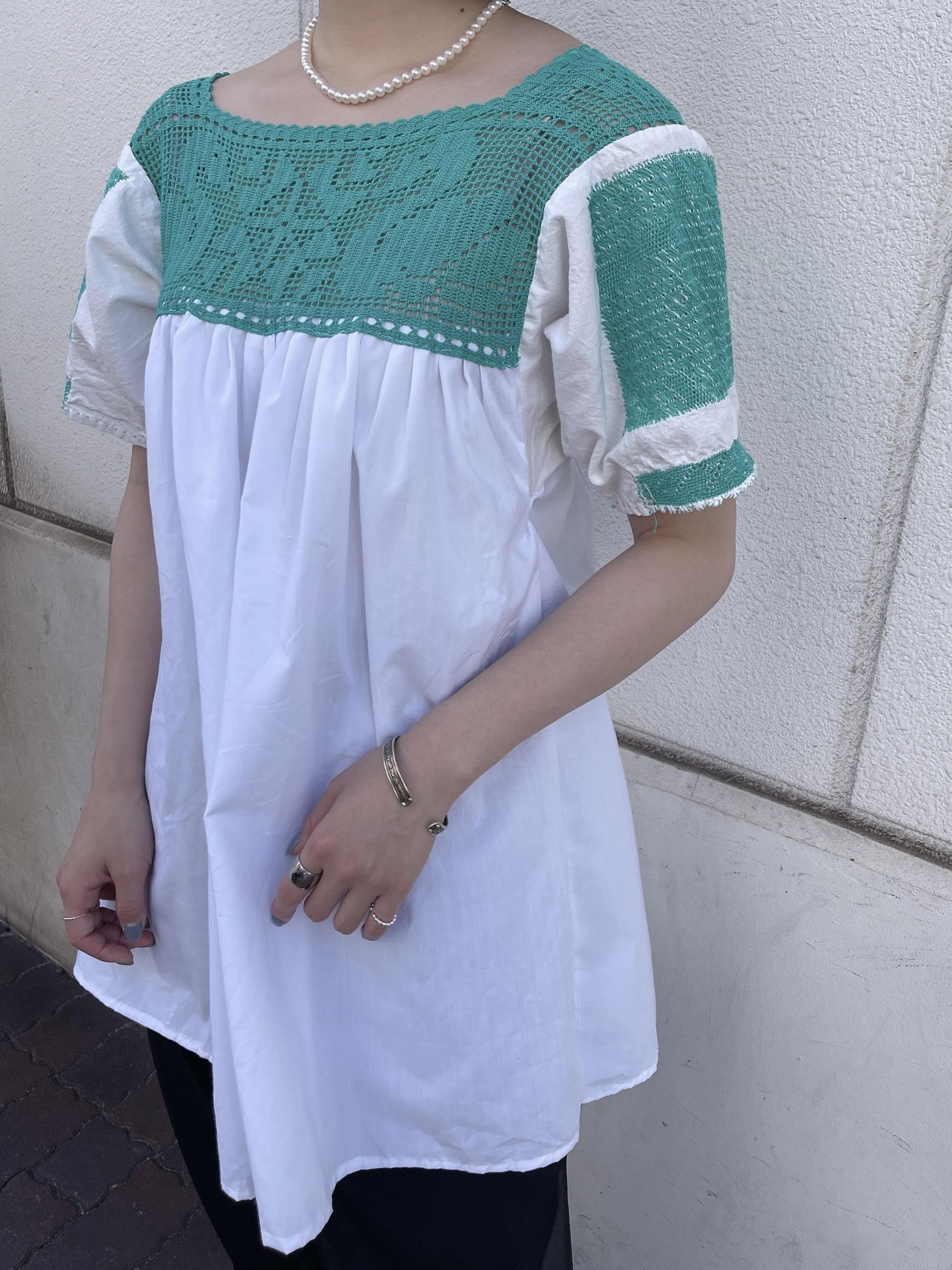 vintage cutwork lace blouse - white × green -