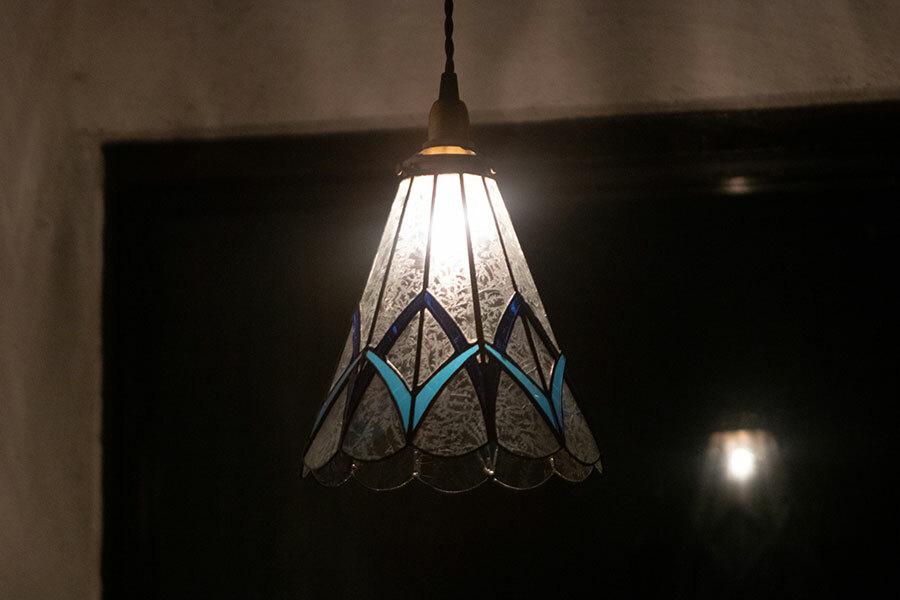 綾(あや)(ステンドグラスの吊りランプ)(ペンダントライト) 01010046