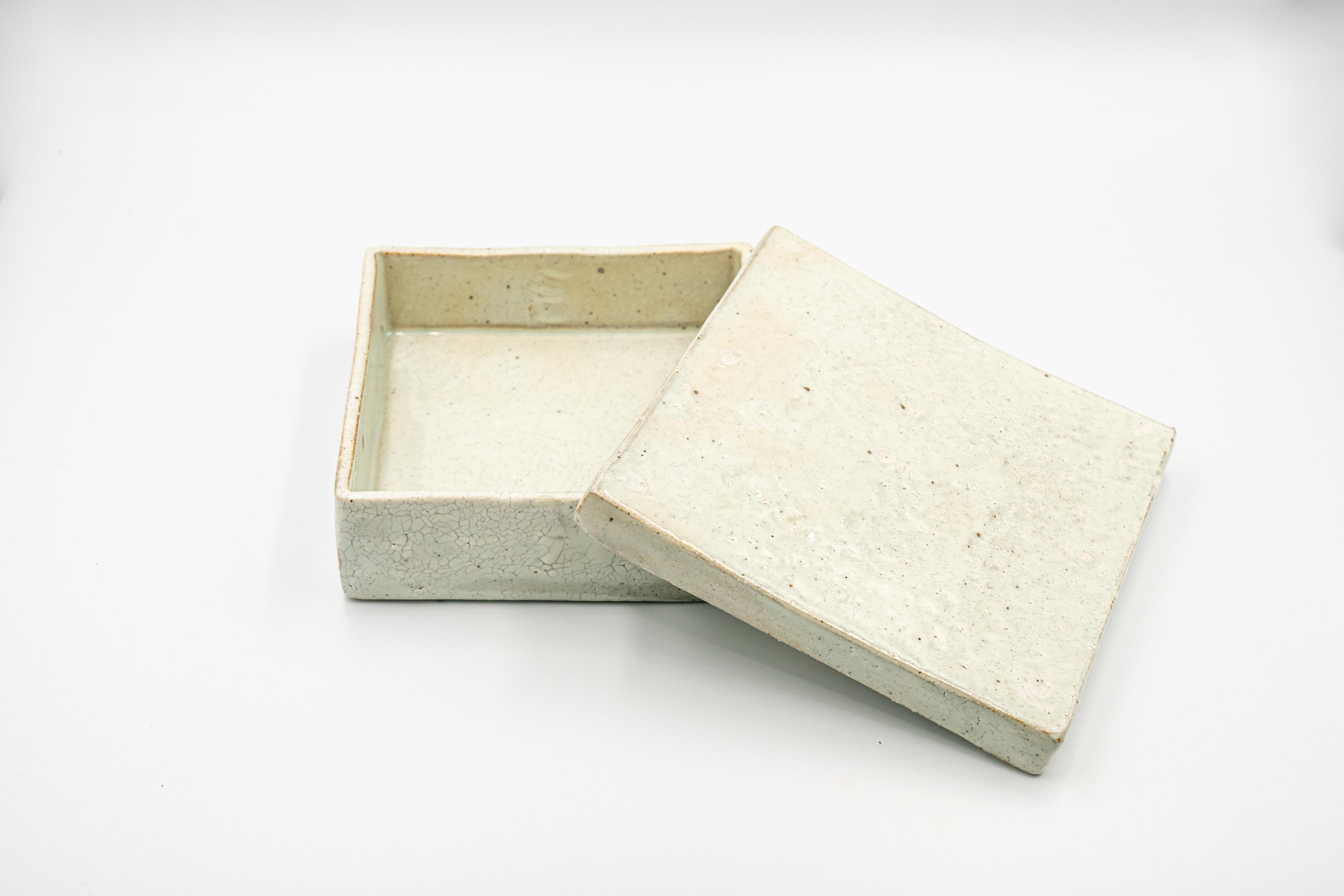 ◆受注生産◆粉引蓋物(大) 三浦繁久作