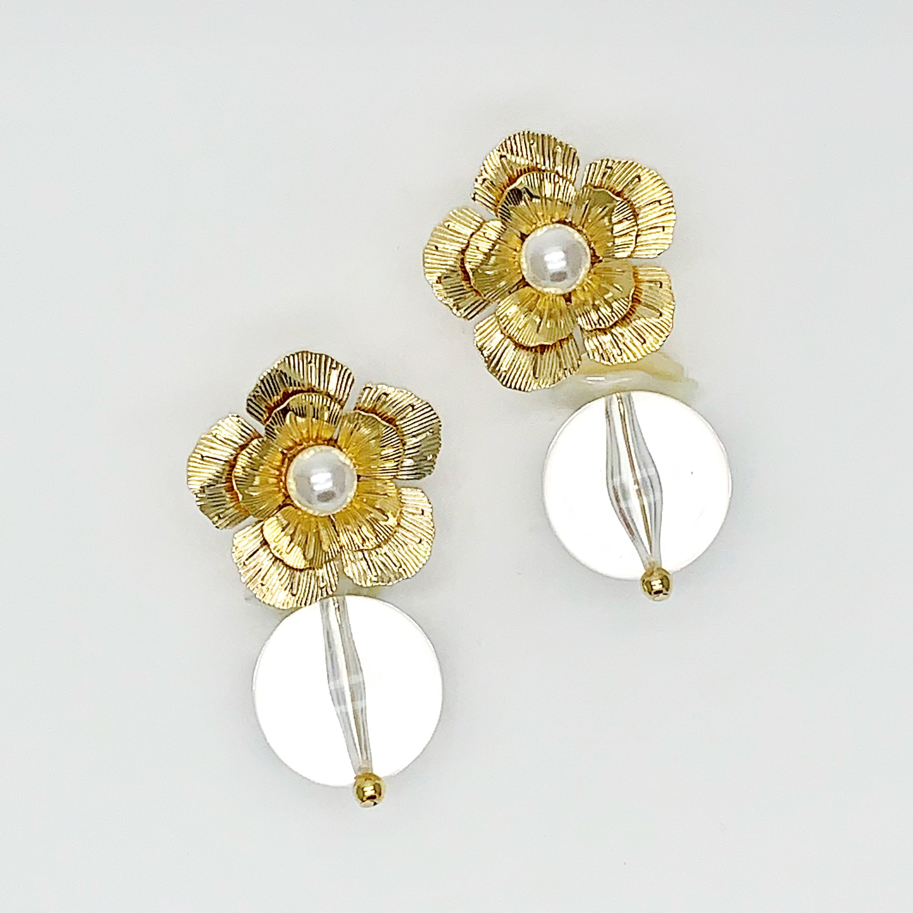 rimiue flower shell ピアス