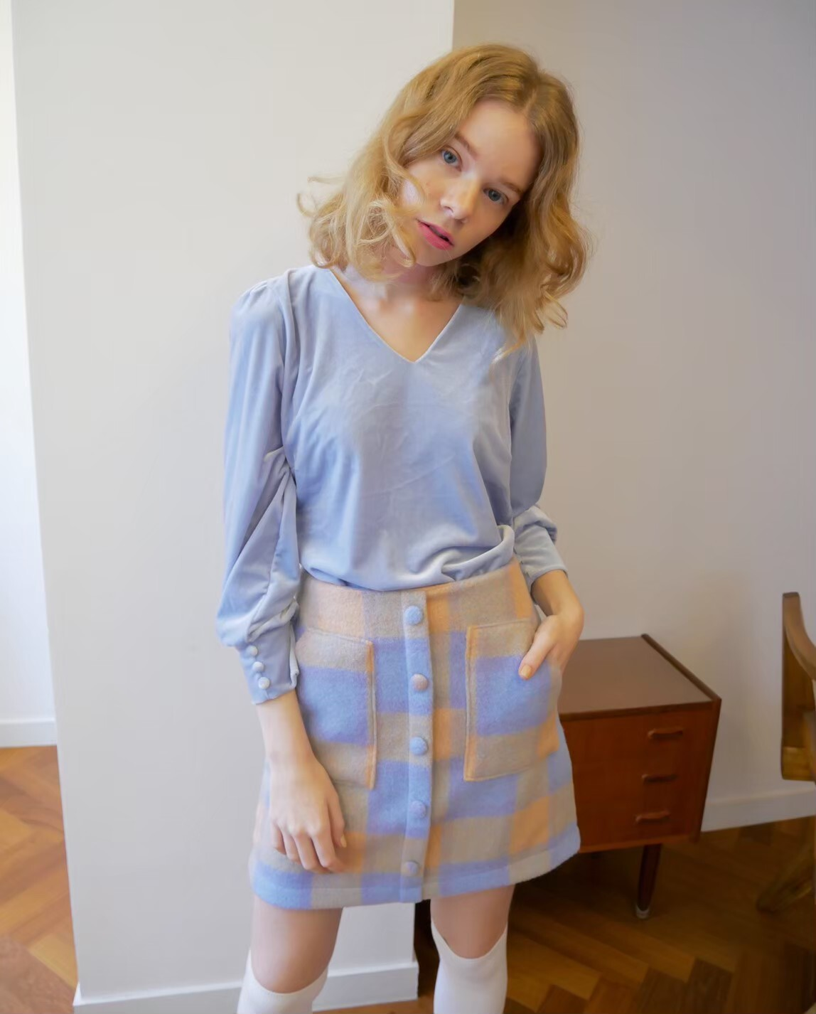 【KissMeLove】Front button tight skirt