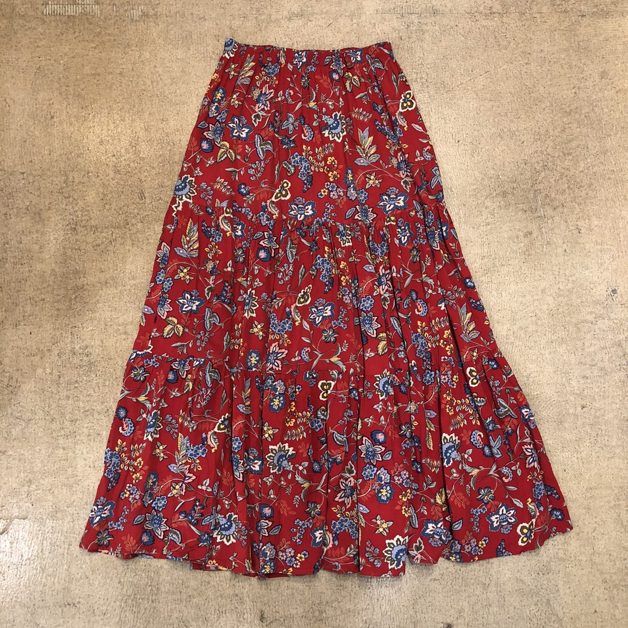 Floral Long Skirt ¥4,900+tax