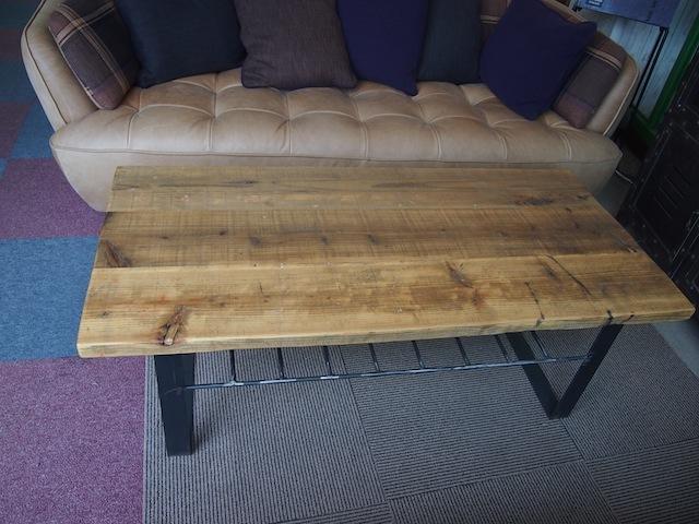 受注オーダー:古材ローテーブル(曲げ脚、棚付き) 幅121㎝〜幅150㎝×奥行57㎝×高さ30㎝〜45㎝