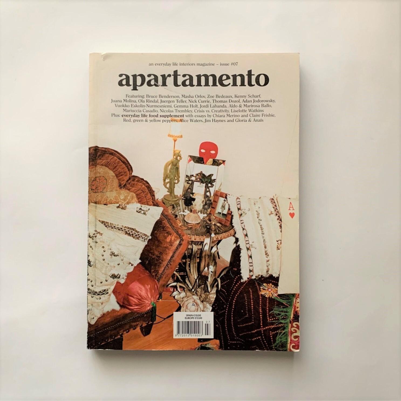 Apartamento No.7 / Apartamento Magazine