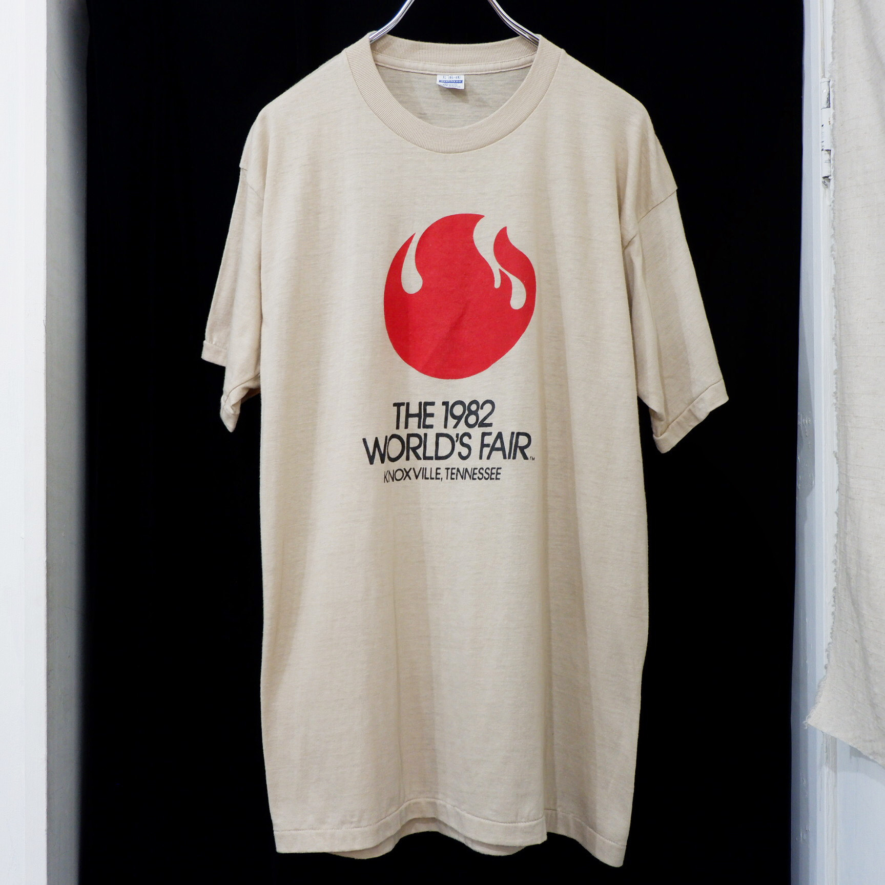 """アメリカ古着 1982s USA製 """"World's Fair"""" プリント T-シャツ"""