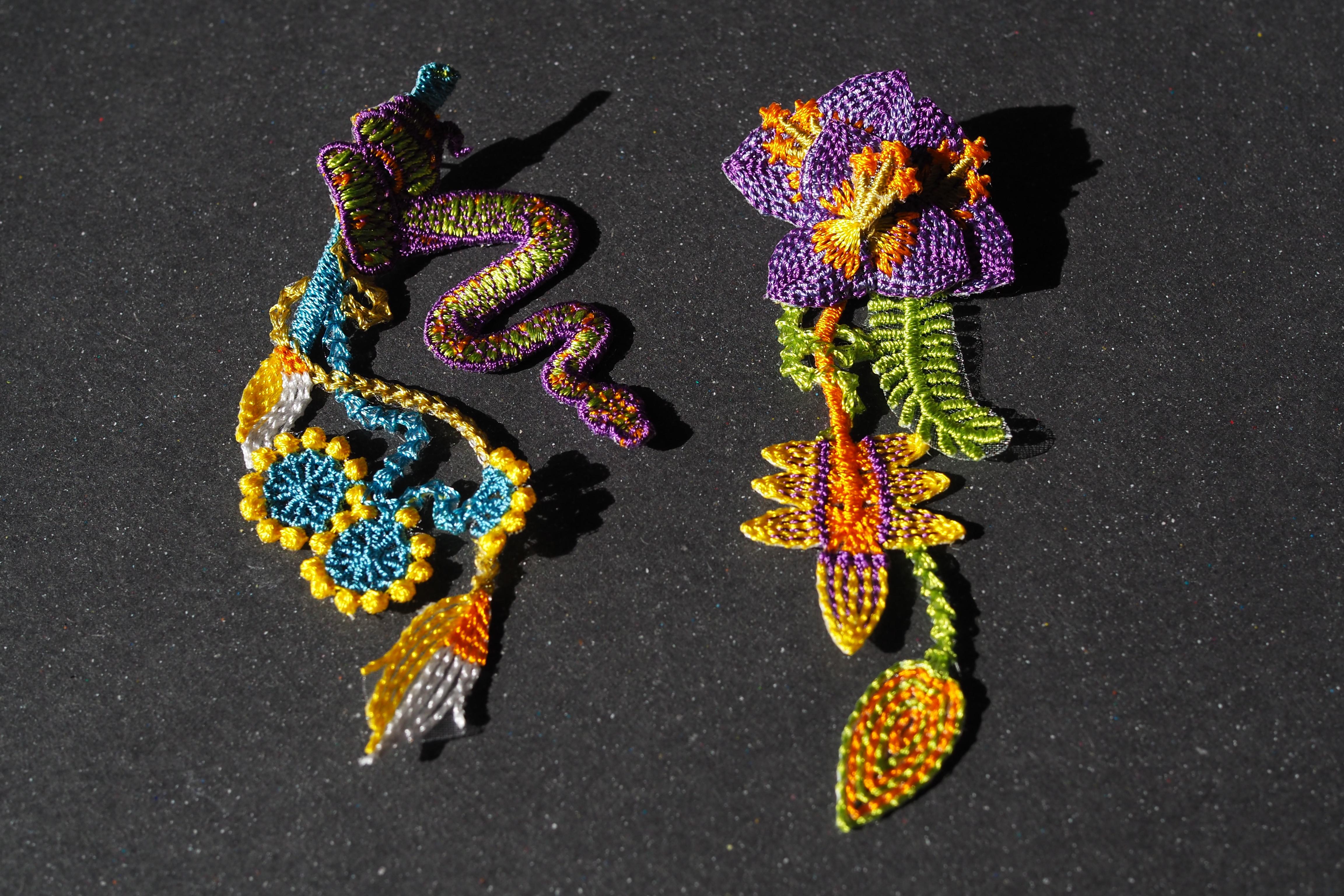 ARRO / Embroidery earring /  GARDEN / purple