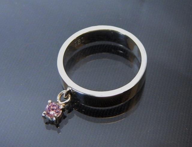 チャームリング 3mmジルコニア ピンク