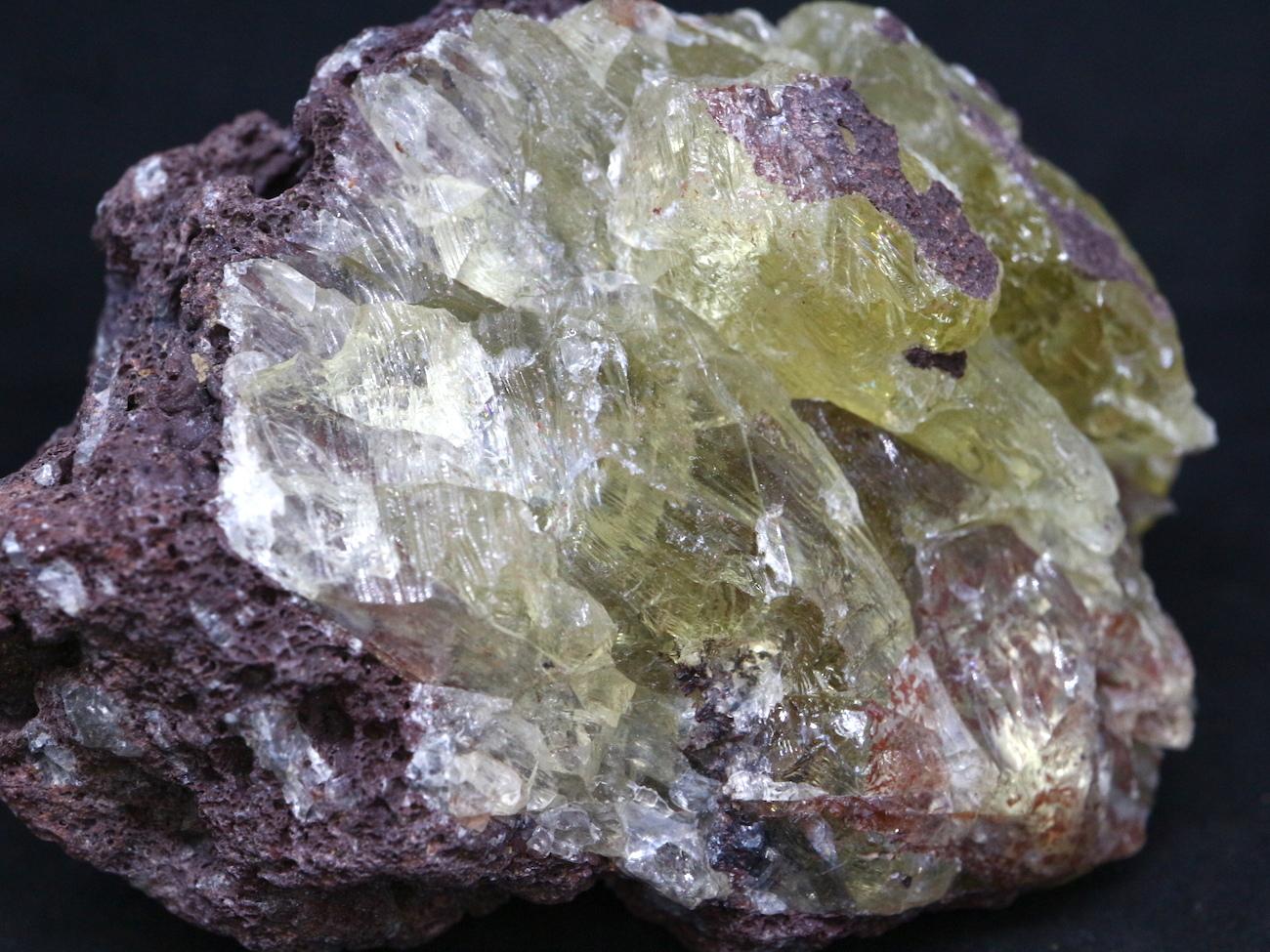 オレゴン サンストーン  母岩付き 88,6g SUN041  鉱物 天然石 原石