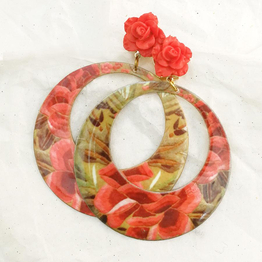 FE-Pd-ArM_PurezaCoral イヤリング/ピアス(兼用タイプ)円形M マントン刺繍柄A・コーラル系  スペイン製