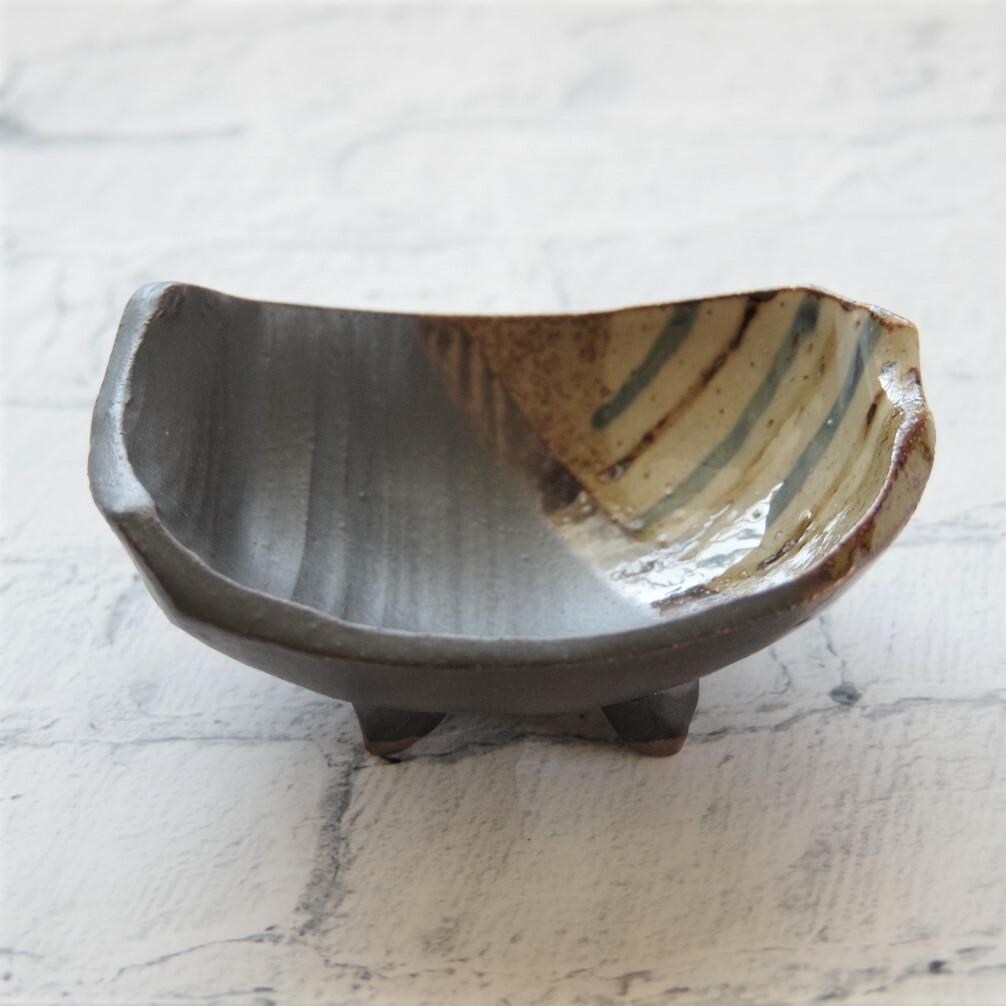 やちむん【美ら海窯】脚付き小鉢