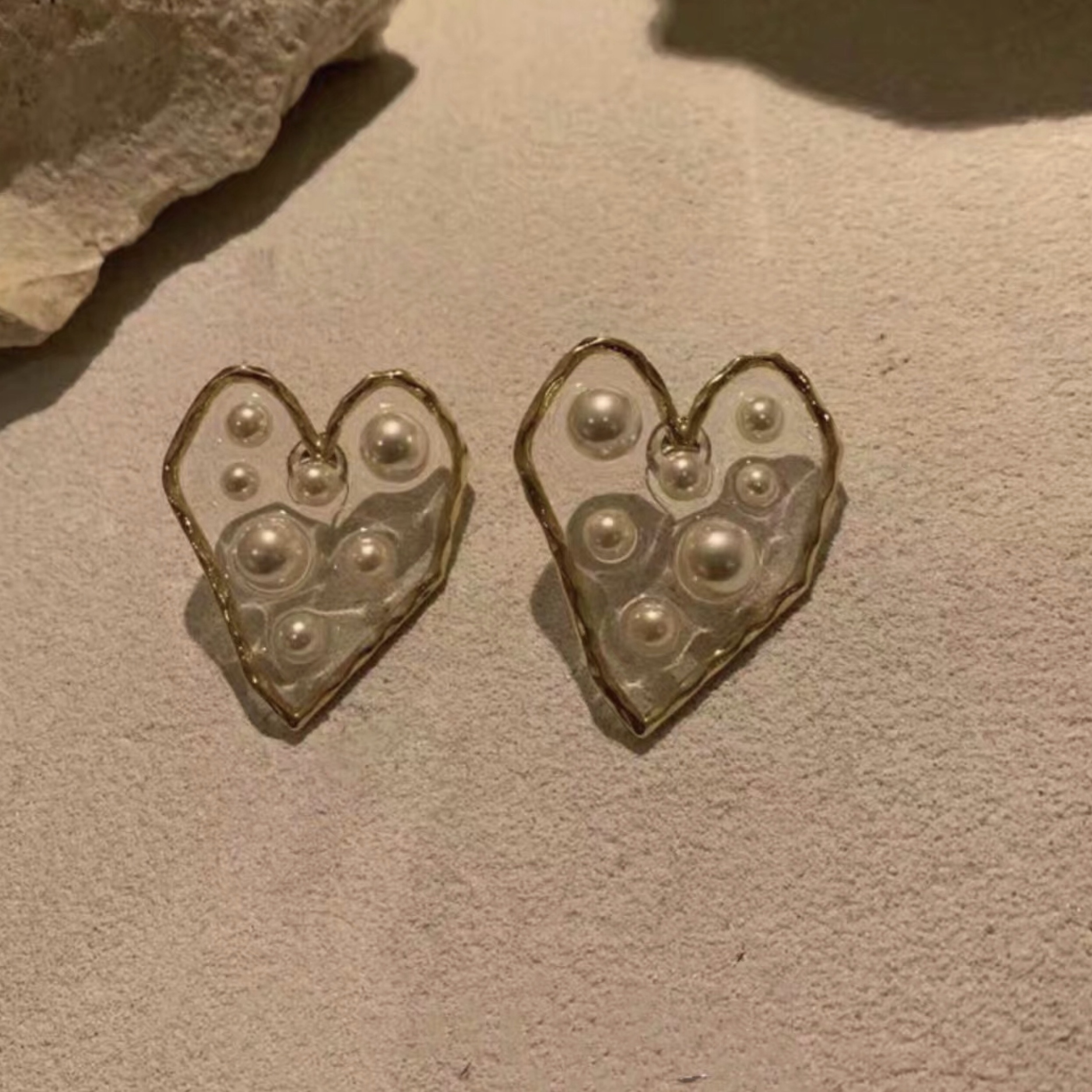 clear pearl heart earrings