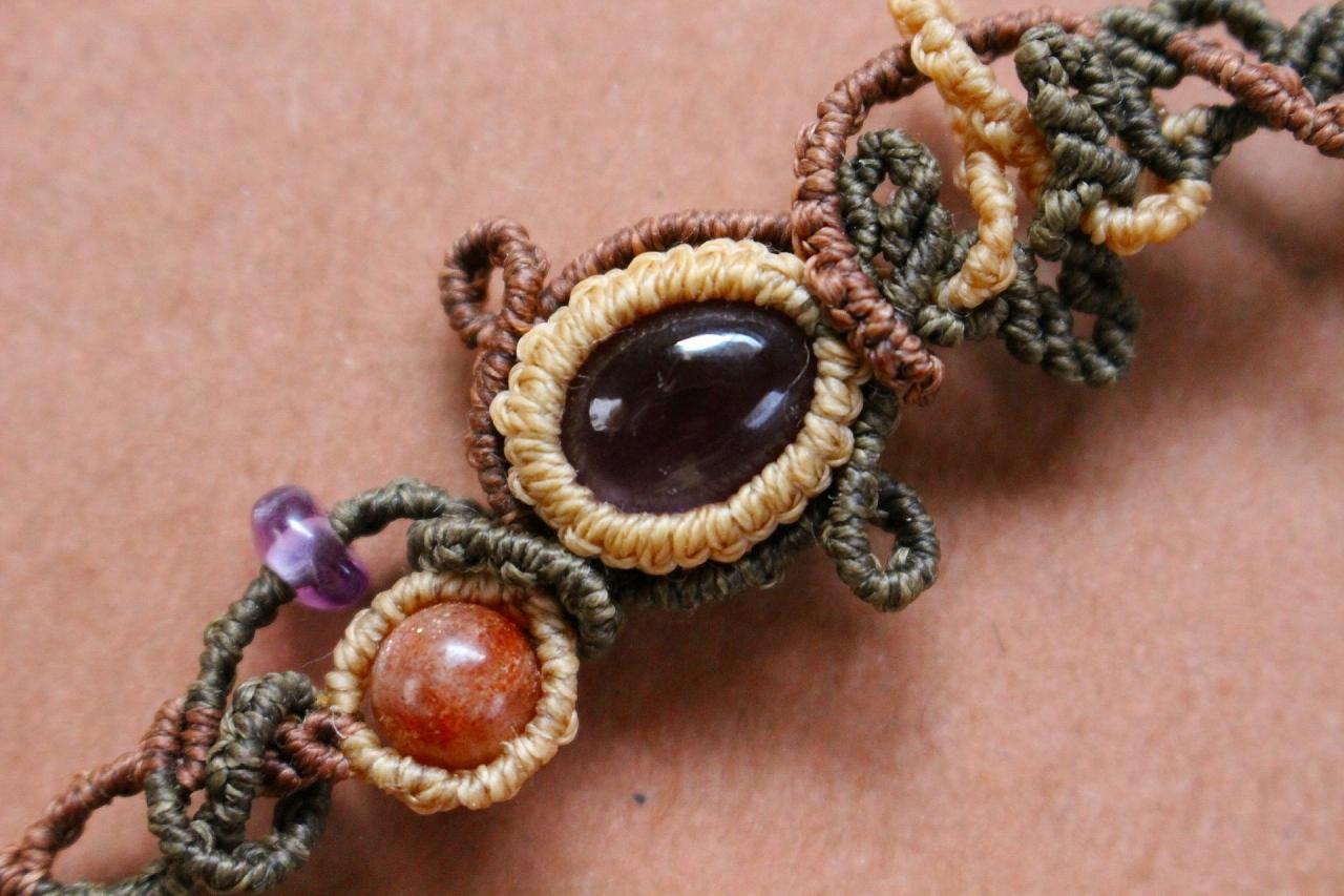Amethyst & Sunstone macrame bracelet