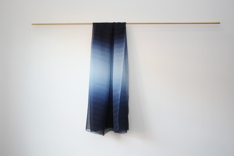 絹ショール 紺