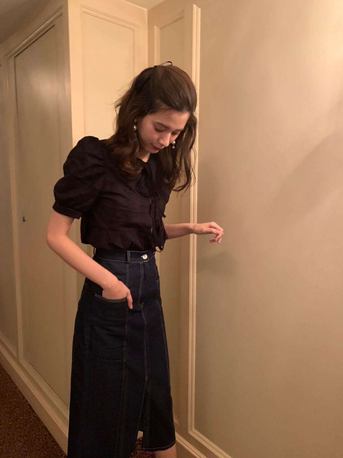 ribbon paff blouse
