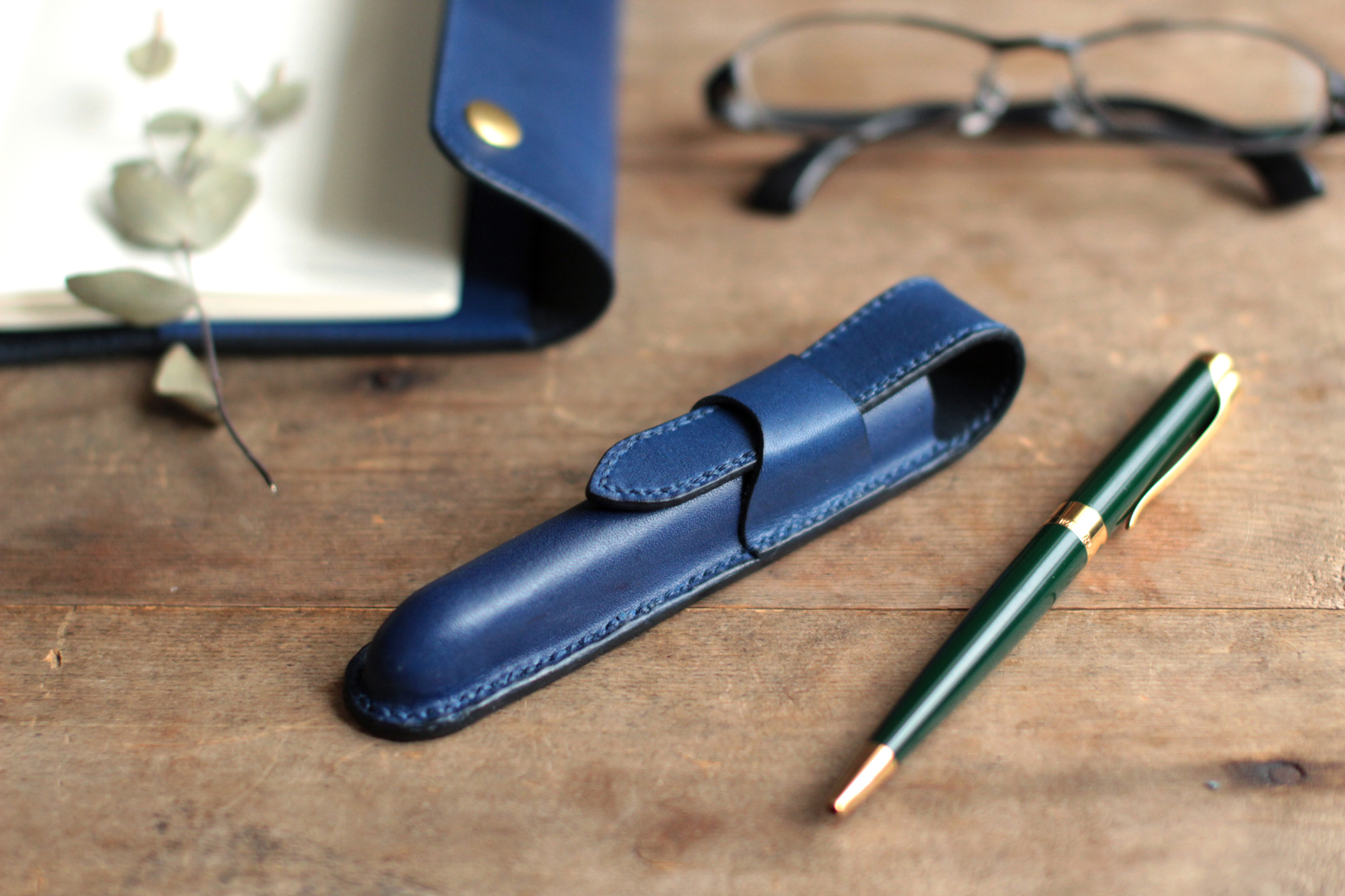 藍染革[migaki] 一本差しペンケース