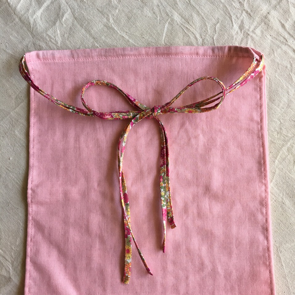 ふんどしパンツ ピンク色のダブルガーゼ×赤系花柄(ヒモ) - 画像1